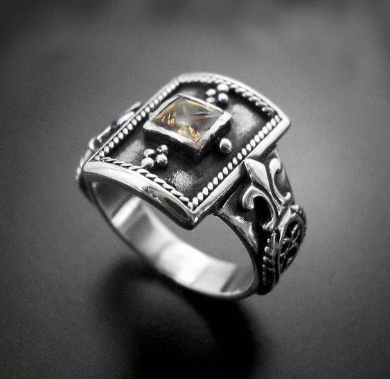 magic ring to bring money in my house